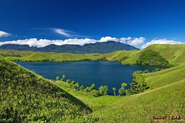Danau Sentani  (1)